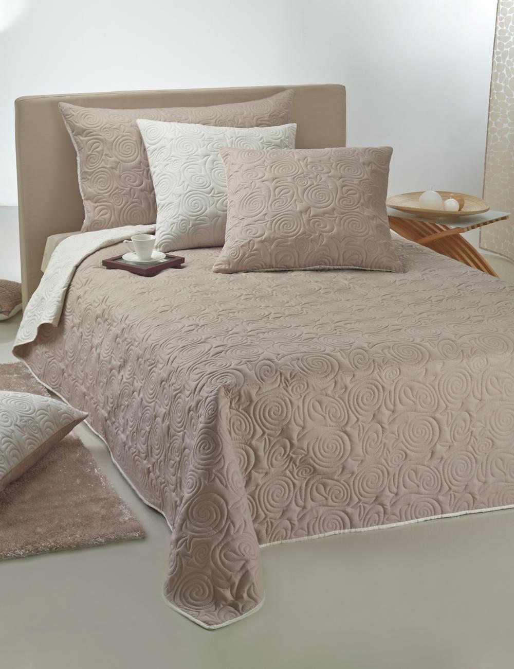bett berwurf ultra 240 x 260 cm elfenbein taupe. Black Bedroom Furniture Sets. Home Design Ideas