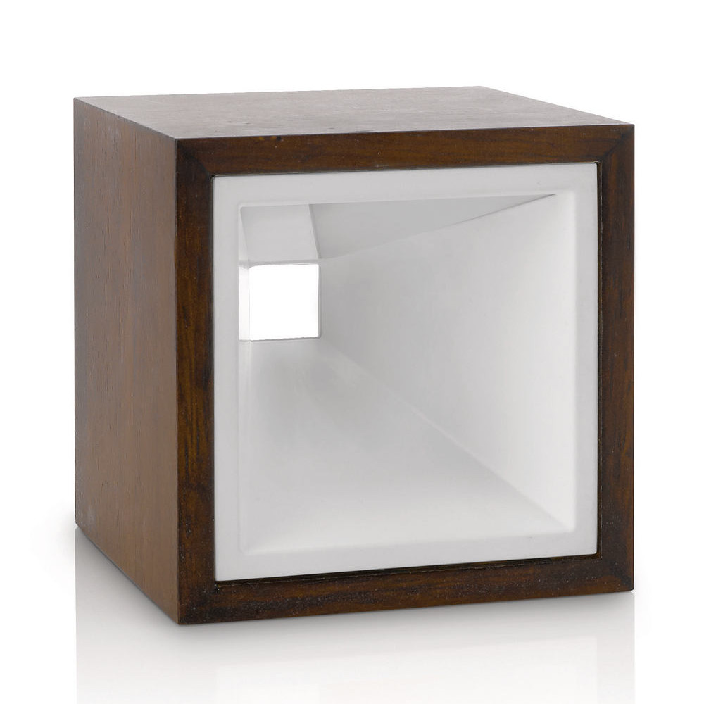 moderne tischleuchte als kubus aus holz mit led beleuchtung. Black Bedroom Furniture Sets. Home Design Ideas